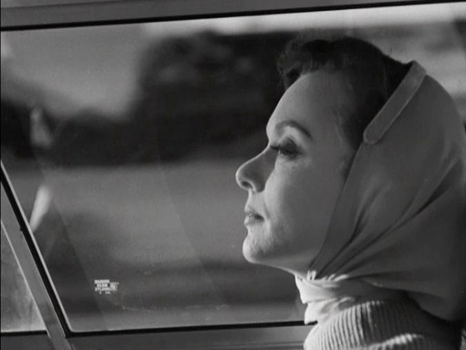 Barbara Baxley in The Savage Eye