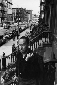 LangstonHughes_on-stoop-In-Harlem